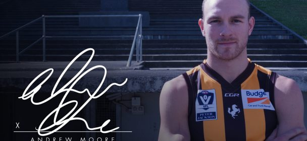 Moorey Signs On